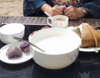 茶葉の朝⑤.jpg